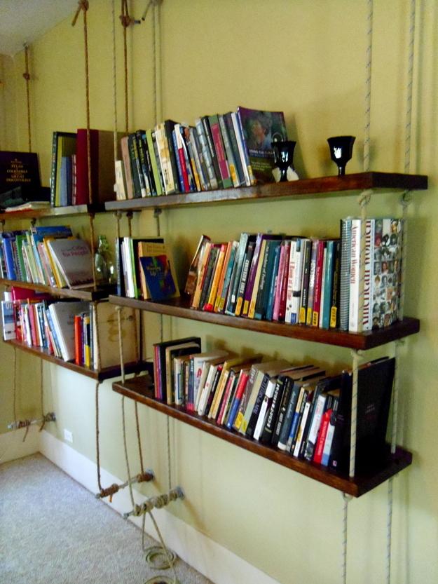 Книжные полки своими руками фото