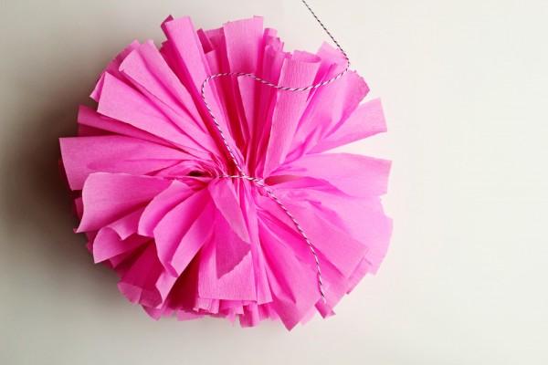 diy-crepe-paper-pom-7-600x400